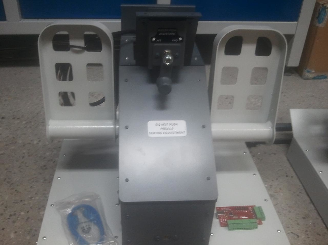 Boeing 737NG Pedals